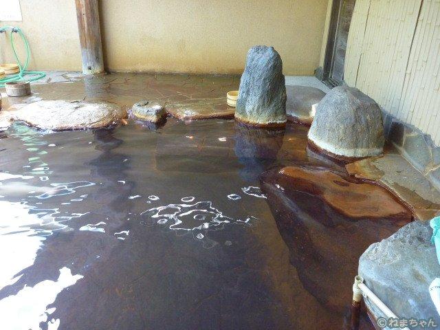 緑礬泉露天風呂