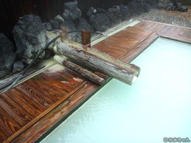 「豊国館」露天風呂
