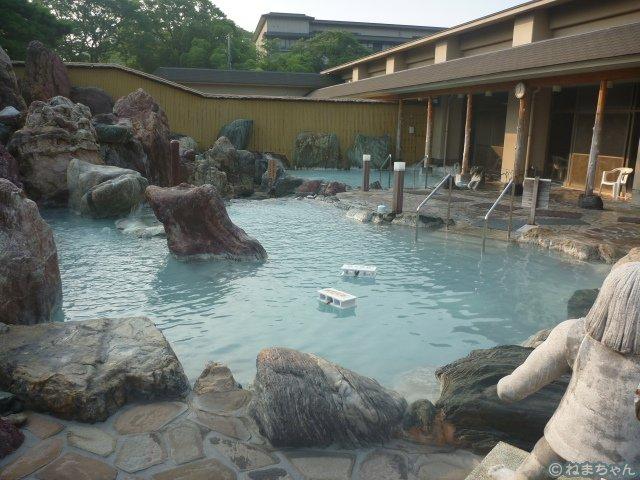 庭園大露天風呂1