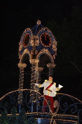 東京ディズニーランド:エレクトリカルパレードのシンデレラの王子